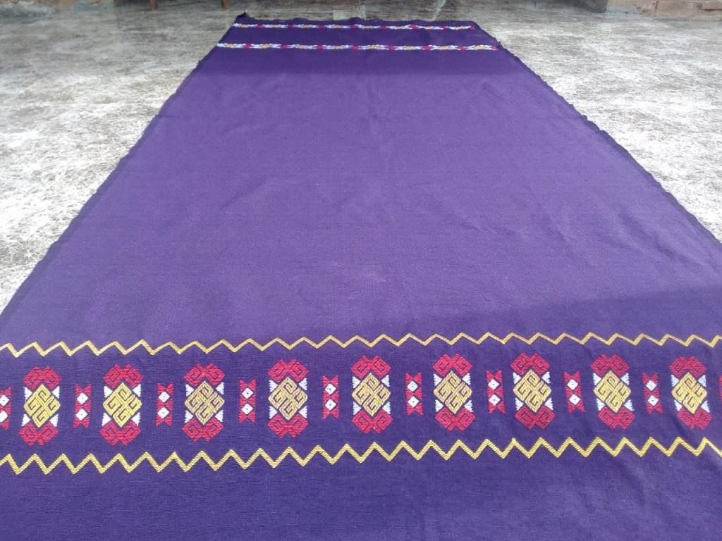 kain tenun ikat ganda satu satunya di indonesia berasal dari daerah