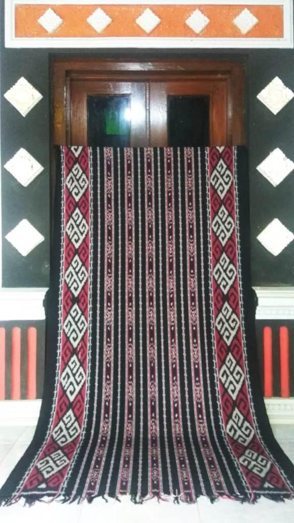 model dress dari kain tenun ntt